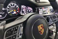 Autonauten-Porsche-Panamera-CeramicVersiegelung-Lederlenkrad